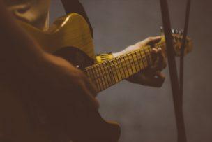 electric-guitar-1846583_1920